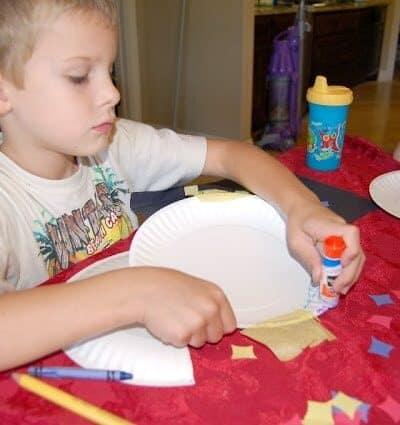 Kid Craft:  Hanging Wall Pocket