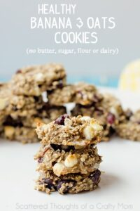 Healthy Banana and Oatmeal Cookies. They're dairy, gluten and sugar free. So yummy and healthy, you could serve them for breakfast.