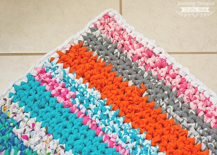 How To Crochet A Rag Rug With Fabric Scraps Scattered