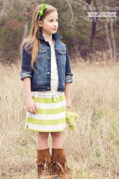 Make a NO SEW Skirt in 10 Minutes