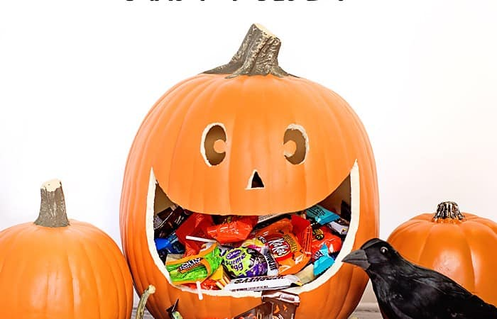 DIY Spooktacular Halloween Candy Holder