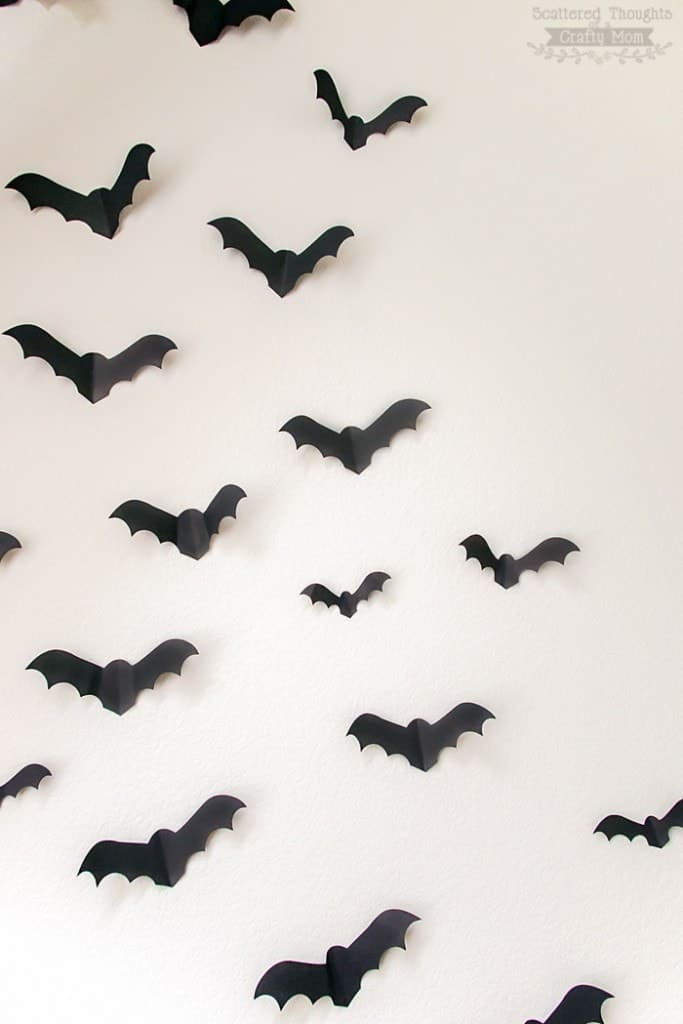 Bats on the Wall!  This free Paper Bat Template is a perfectly spooky Halloween decorating project that is perfect for parties or everyday Halloween fun! (halloween wall decor)