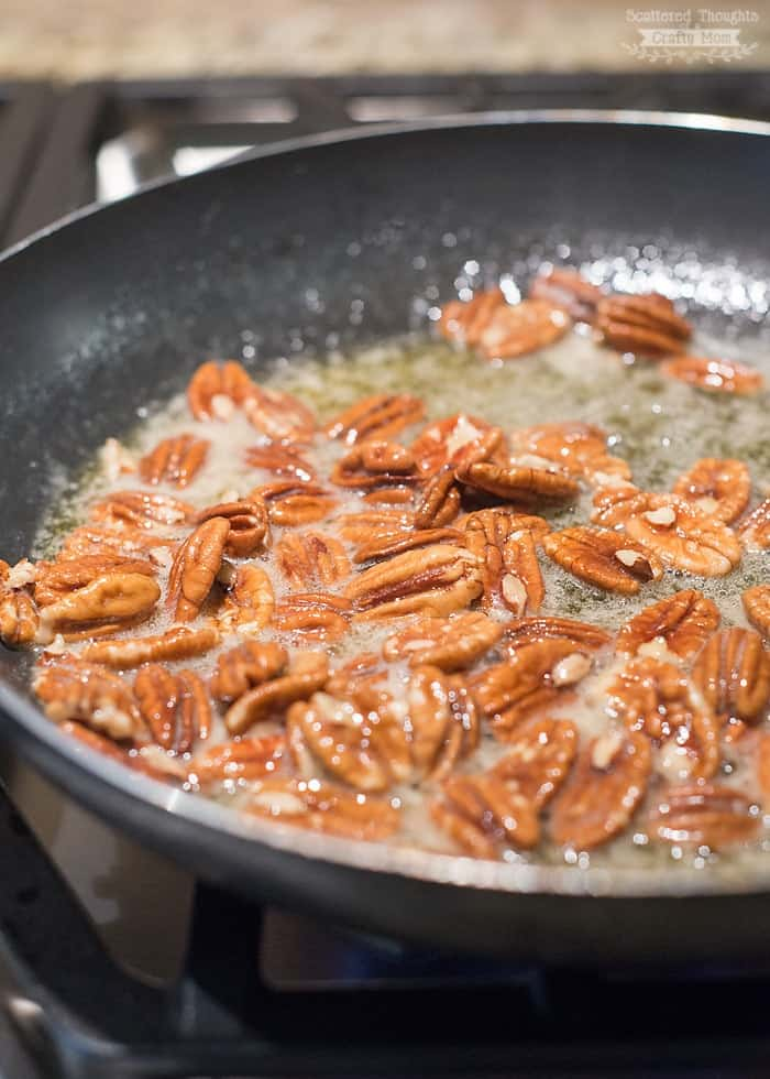 Keto snacks: Sugar Free Candied Pecans