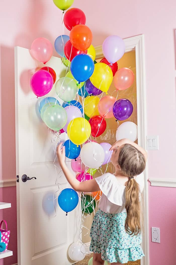How To Make A Birthday Balloon Surprise Diy Balloon