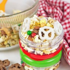 Easy Sweet & Salty Snack Mix