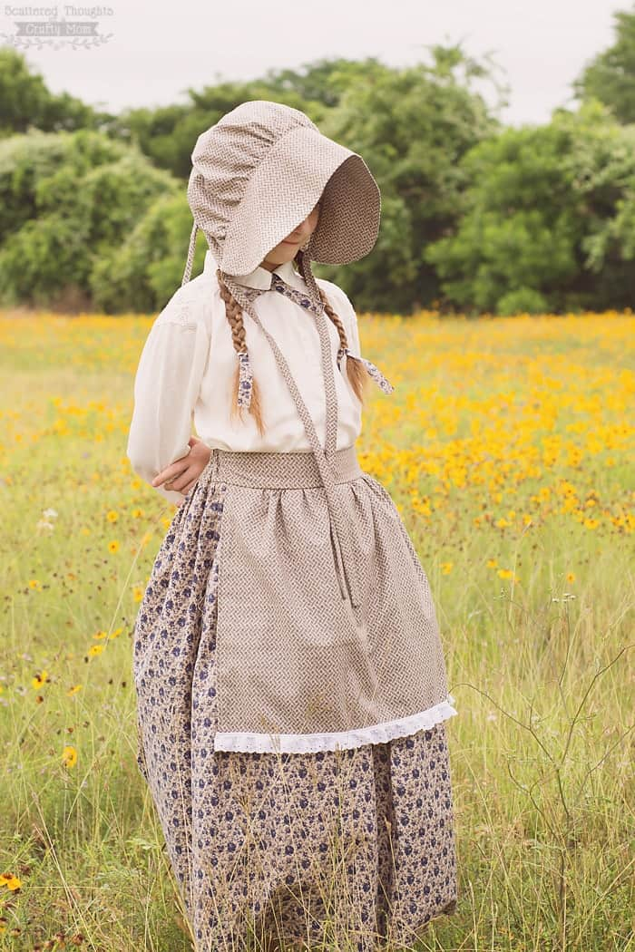 Little House on the Prairie Costume and Bonnet Tutorial (It's also perfect as a pioneer costume!)
