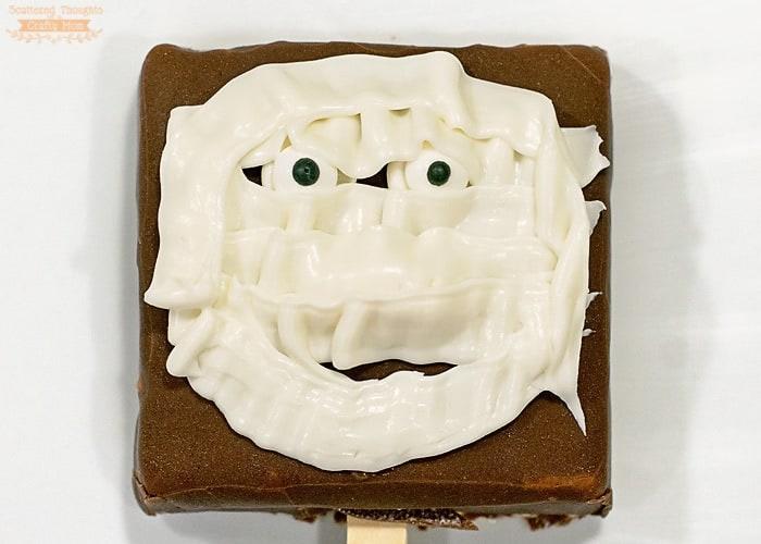 Easy Mummy Ice Cream Treats for Halloween!
