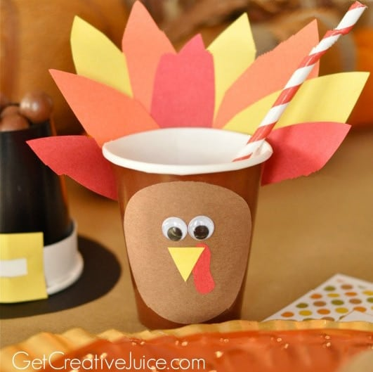 kids-thanksgiving-table-turkey-cups-531x800