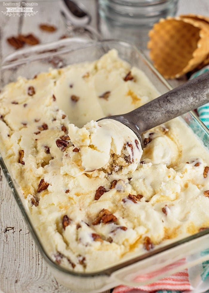 homemade-butter-pecan-ice-cream-700
