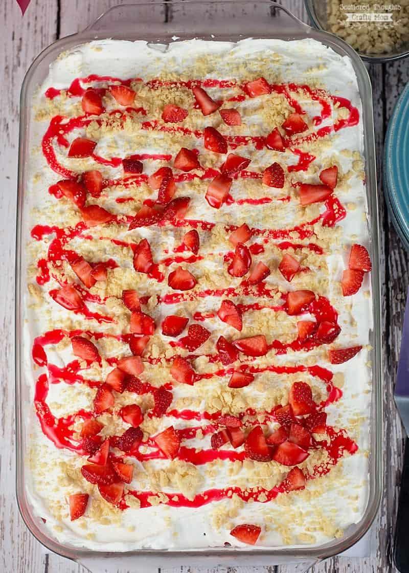How to make a Strawberry Ice Cream Cake
