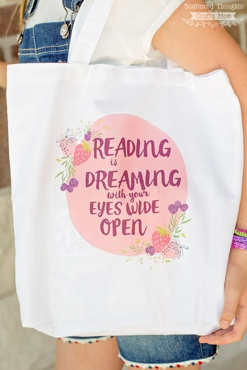 Make this Easy DIY Customized Book Bag with the included free printable