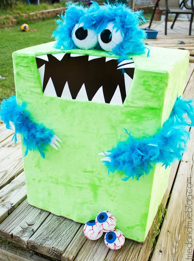 feed the monster halloween game - Halloween Party Games for Kids