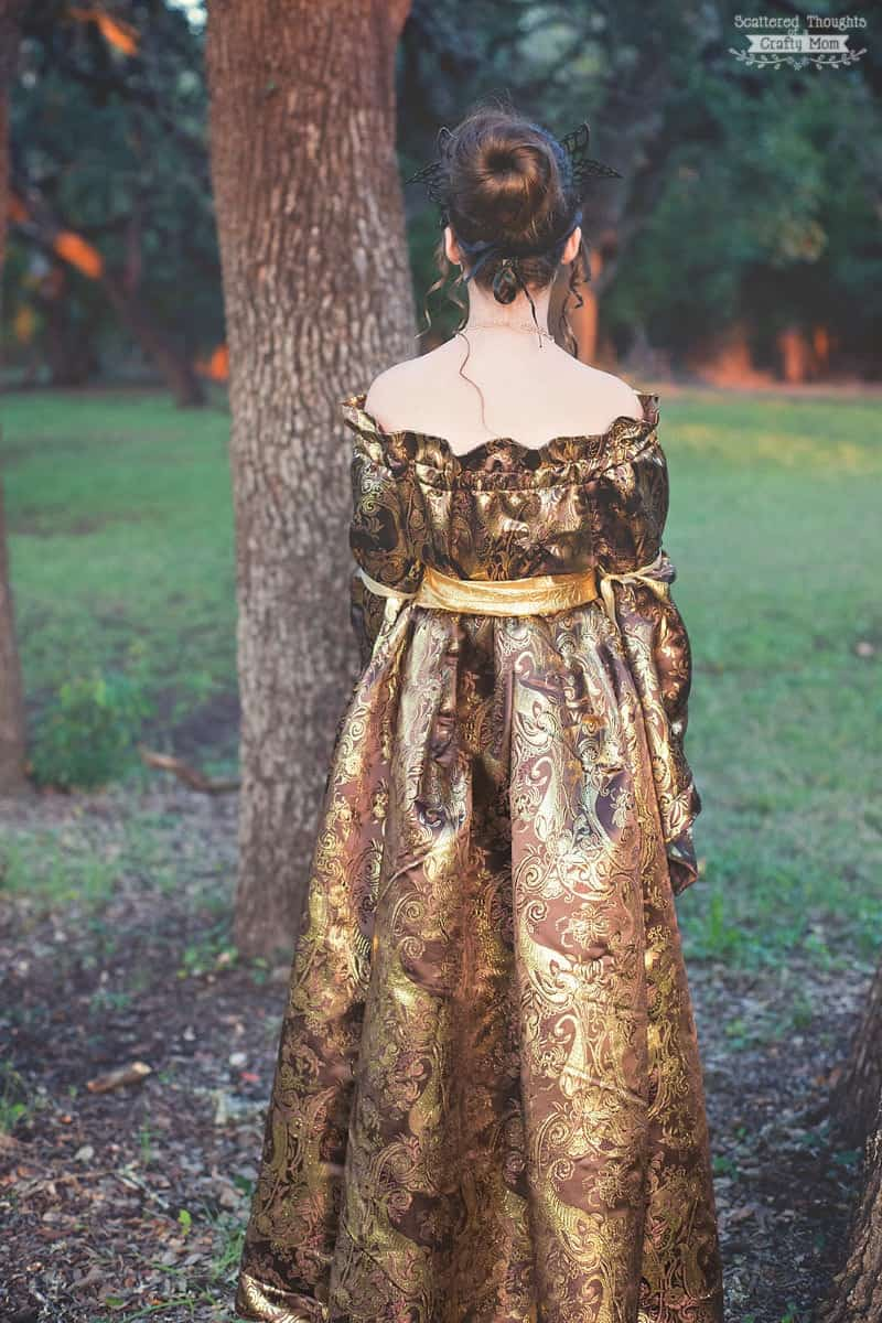 Medieval Princess Halloween Costume (DIY Renaissance Dress)