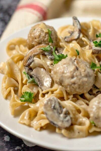 Easy One Pot Meatball Stroganoff Recipe (20 min meal)