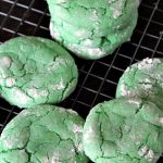 Easy St Patrick's Day Crinkle Cookie
