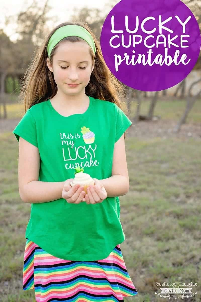 Download this free Lucky Cupcake Printable just in time for St Patrick's Day!