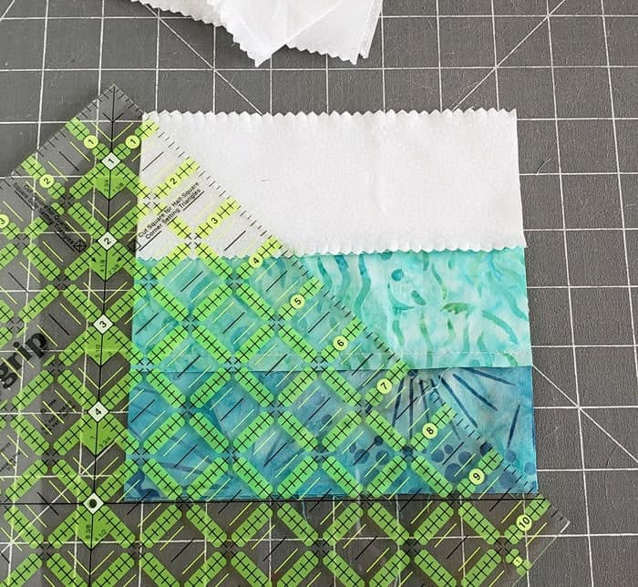 Square in square quilt block tutorial to start in 2020 4