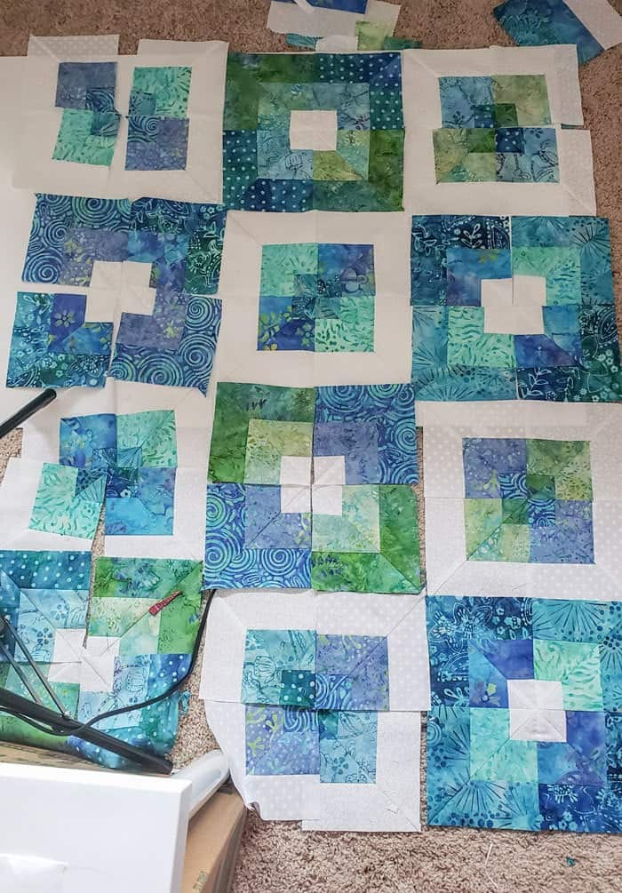Square in square quilt block tutorial to start in 2020 14