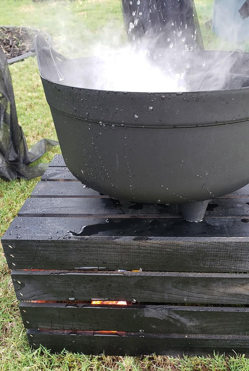 How to Make a Bubbling Cauldron (Super easy bubbling cauldron tutorial for Halloween)