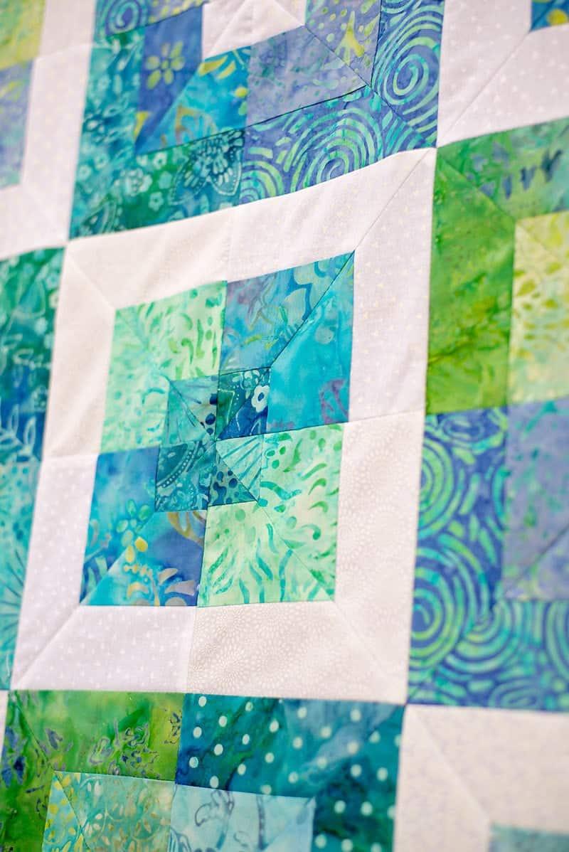 Square in square quilt block tutorial