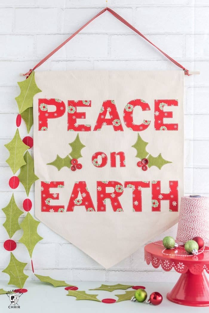 Peace on Earth Banner - Christmas crafts to make and sell