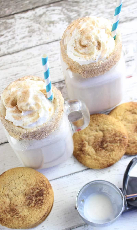 easy snickerdoodle milkshakes